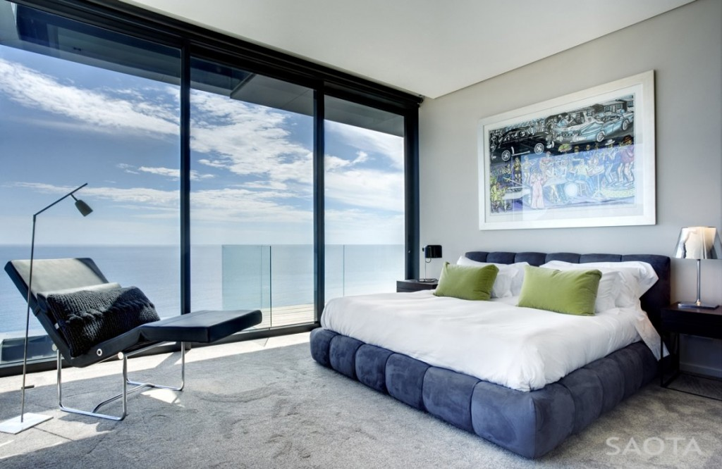 Bedroom-Panoramic-Glass-Wall-Ideas-5