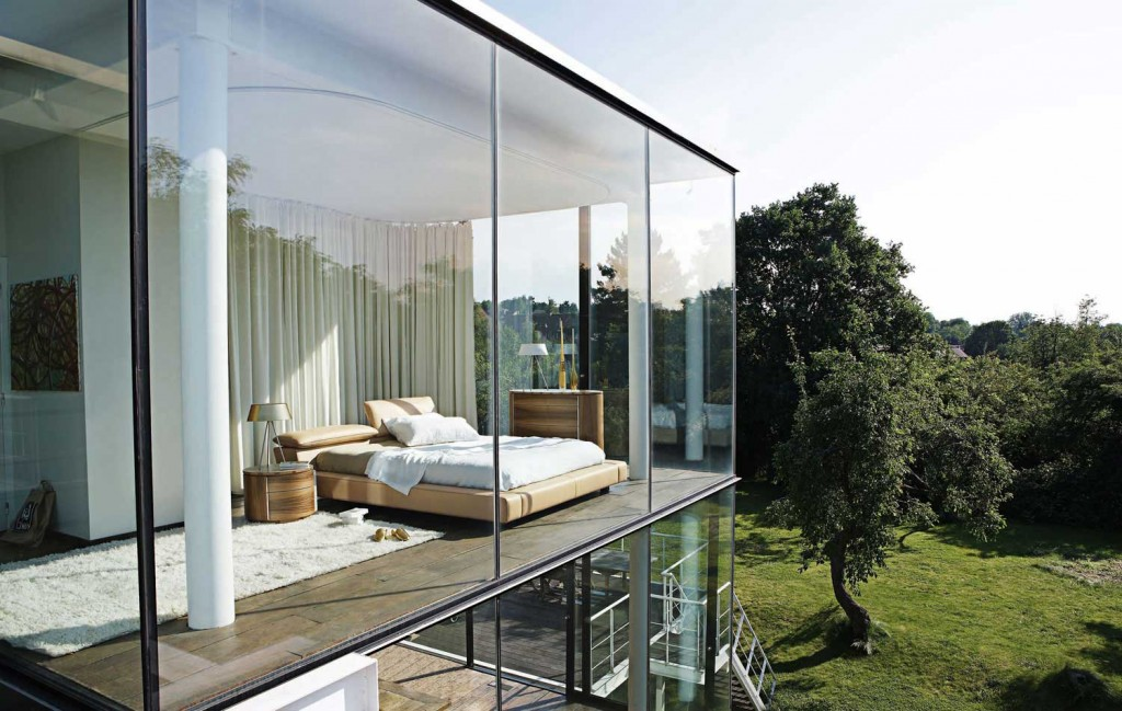 xBedroom-Panoramic-Glass-Wall-Ideas-1.jpg.pagespeed.ic.FYhLTkTfaF