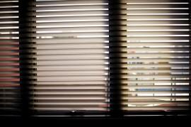 window-blinds-932644_640