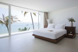 Bedroom-Panoramic-Glass-Wall-Ideas-17